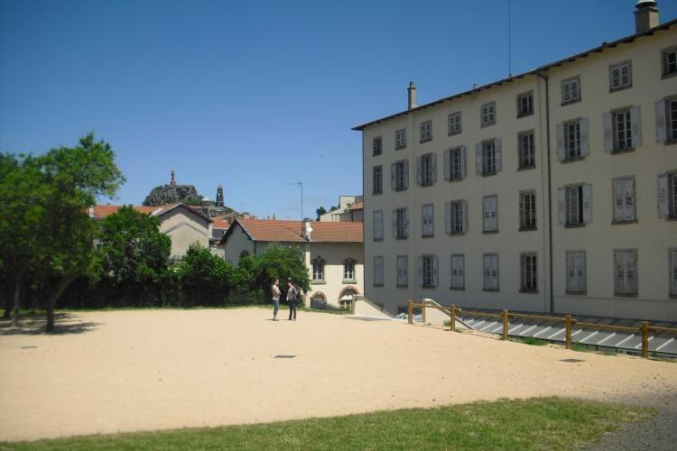 Collège Saint Louis extérieur